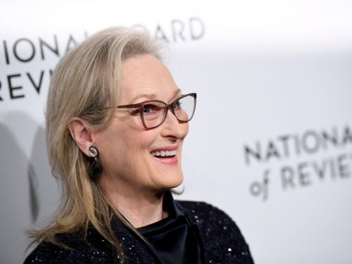 Meryl Streep is selling her NYC penthouse at a 26% discount. Take a look inside the $18.25 million condo, which spans an entire floor and has a landscaped wraparound terrace