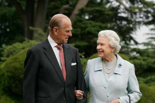 Queen Thanks Public For Support As She Celebrates First Birthday Without Prince Philip