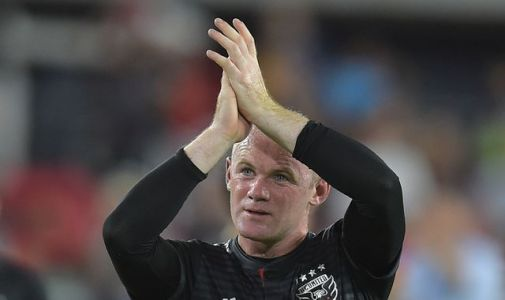 Wayne Rooney scores from own half for DC United
