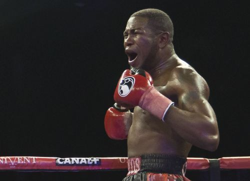 A 33-year-old Cuban boxer just scored a knockout of the year contender with a thunderbolt right hand, collapsing his opponent in the 10th round