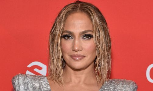 Jennifer Lopez shuts down claims she uses botox: 'I'm not that person'