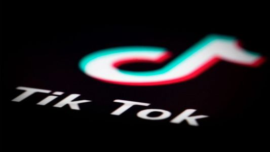 TikTok and WeChat face imminent US ban after Trump signs executive order