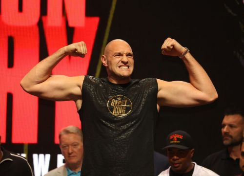 Tyson Fury delighted with weigh-in results, describing Deontay Wilder as a lightweight
