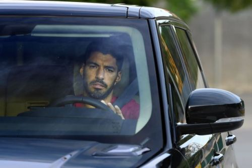 Luis Suarez handed Barcelona release as he 'agrees' Atletico Madrid transfer