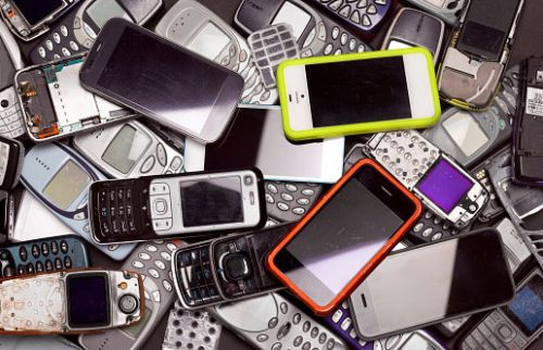 Brits have 55,000,000 unused mobile phones lying around, research finds