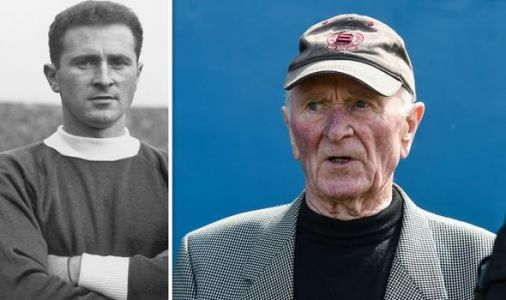 Man Utd Munich air disaster hero Harry Gregg dies aged 87