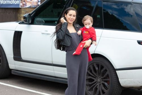 Marnie Simpson stuns as she takes adorable baby son Rox for lunch in pub