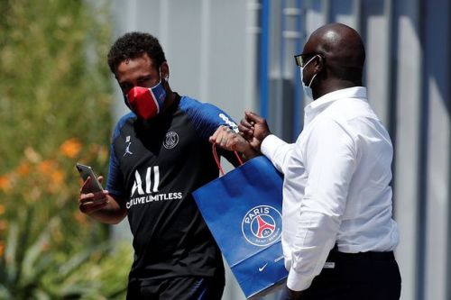Neymar told to 'grow up' and 'stop being greedy' by ex-Lyon star Juninho