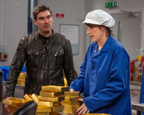 Emmerdale spoilers: Cain Dingle loses it with Kerry Wyatt as she stands up to him over Kyle