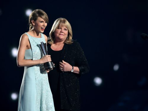 Taylor Swift reveals her mom has been diagnosed with a brain tumor amid her second battle with breast cancer