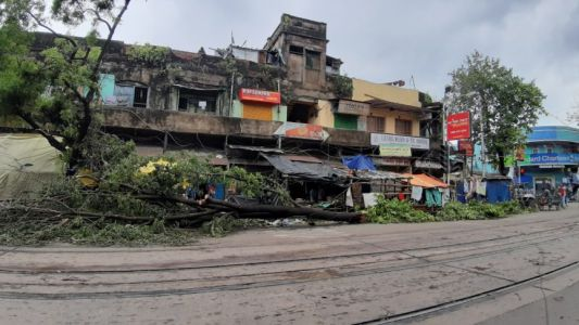 Cyclone Amphan and Coronavirus Have Exposed the Failings of Neoliberalism in India and Bangladesh