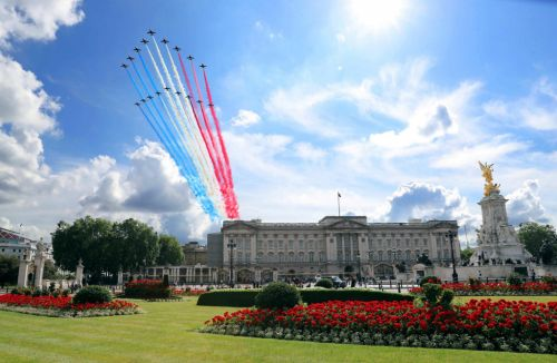 VJ Day 2020: What time is the Red Arrows flypast and what is the flight path?