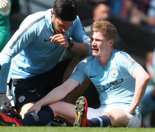 Fans joke De Bruyne is 'Belgian Wilshere' as Man City fear he will miss rest of Prem title race after suffering muscle injury