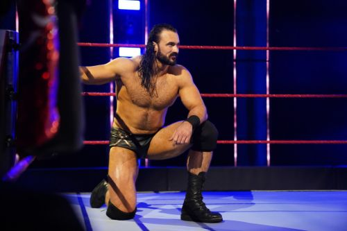 Asymptomatic WWE star Drew McIntyre confirms major wrestling match hours after Covid bombshell