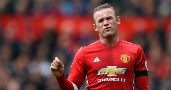 Wayne Rooney names the five players who controlled Man Utd