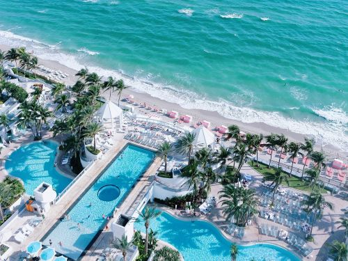 16 beautiful beach hotels in the US to book this summer, including oceanfront family resorts and luxury stays for couples