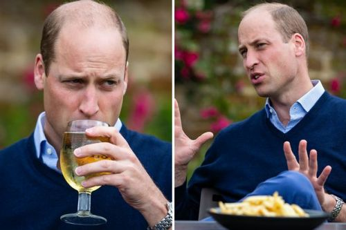 Prince William sips on pint and chats to pub staff gearing up to reopen doors