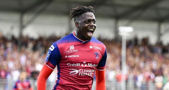 Chelsea in transfer battle with Brighton for 23-year old Ligue 1 striker
