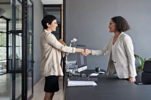 How To Pull Out Of A Job Interview Process Without Burning Bridges