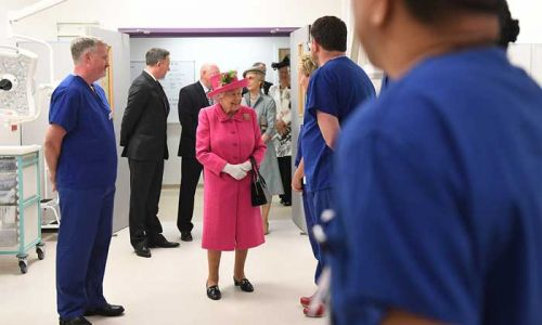 The Queen's emotional message to healthcare workers - watch video