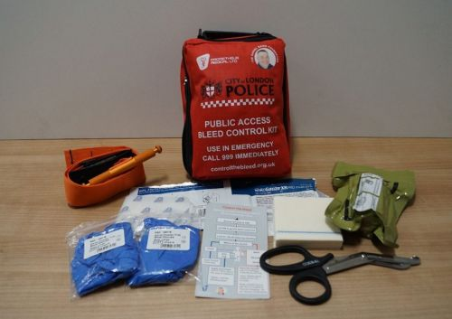 Hundreds of London bars and pubs to fit bleed control kits to help stab victims and tackle UK knife crime epidemic