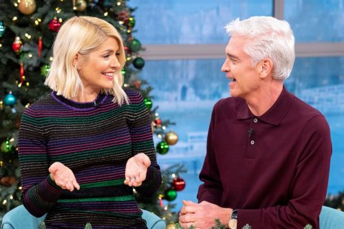Holly Willoughby admits she'd quit This Morning if Phillip Schofield left
