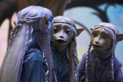 When is The Dark Crystal: Age of Resistance released on Netflix? Who is in the cast? What's it about?