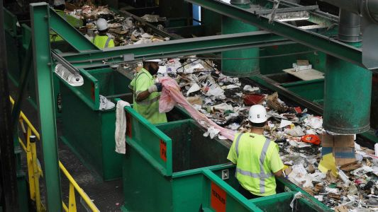 California wants to ban misleading recycling labels. Plastic companies don't