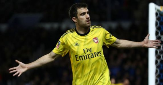 Likely next club revealed as popular Arsenal defender has contract cancelled
