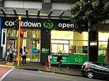 New Zealand fears a COVID-19 outbreak after man absconds hotel isolation in Auckland to shop