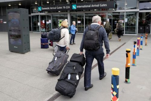 New Zealand No Longer Coronavirus-Free After Two Passengers Fly In From London