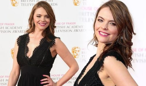 Kate Ford health: Six symptoms linked to Coronation Street star's 'painful' condition
