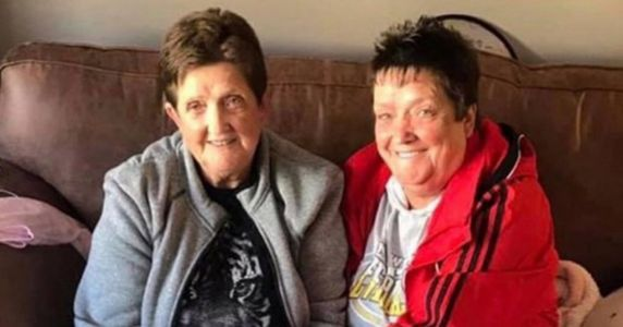 Twin sisters who 'did everything together' both die of coronavirus