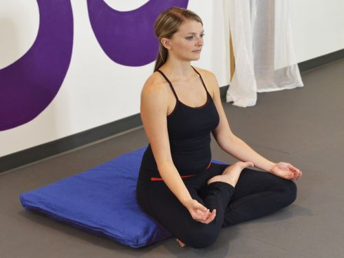 How to start meditating if you've never done it before, and the tools you need to do it