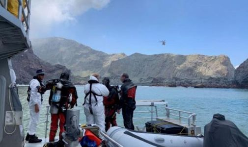 New Zealand: Divers resume search to recover remaining two volcano victims