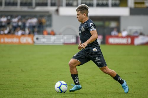 'I've always liked the English league' - Santos FC starlet ready for Premier League move this summer