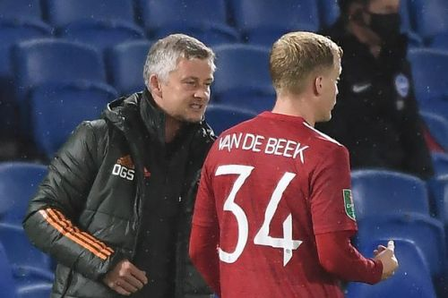 Solskjaer details new Donny van de Beek role after Man Utd beat Brighton