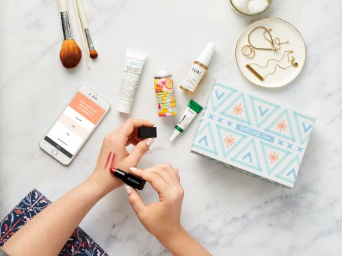 2 women with different skin and hair concerns tried Birchbox's monthly beauty subscription box - here's what we thought