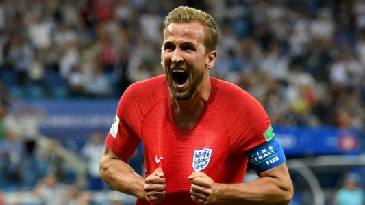 Video: England fans go wild after Harry Kane's late winning goal against Tunisia