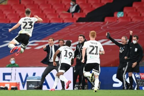 Fulham promoted to Premier League after victory over Brentford in playoff final