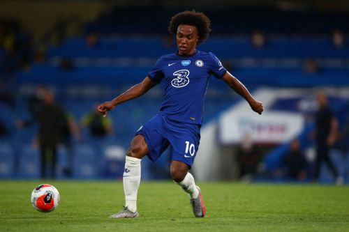 Perry Groves urges Arsenal to complete 'no-brainer' signing of Willian, who is 'better' than Nicolas Pepe