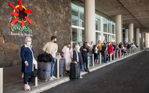 Travel news latest: Half term chaos as 'too many' Britons pile onto Greek and Spanish islands