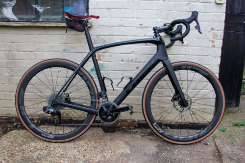 Riding with SRAM Rival eTap AXS shifting: Is the future of bikes wireless?