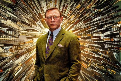"""Daniel Craig would be """"over the moon"""" to star in a Knives Out sequel"""