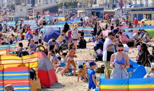 Rush to the beaches as Britain gets set for 'hottest ever' Easter