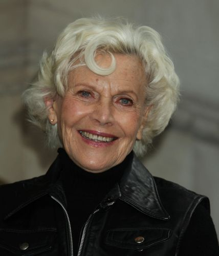 Honor Blackman dead: James Bond actress famed for starring role as Pussy Galore dies aged 94