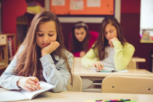 Should We Choose Between Pupils' Happiness And Their Achievement?