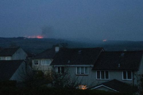 Major wildfire in Vale of Leven as fire crews tackle blaze in record Easter heat