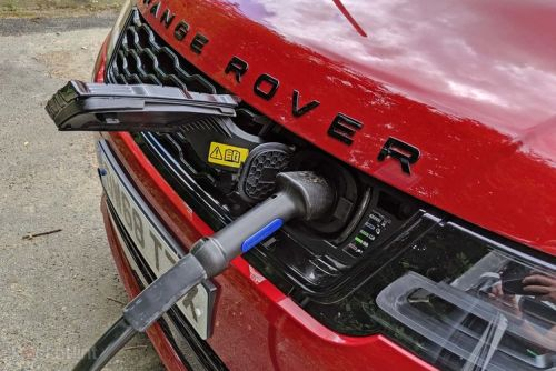 Why does the British government want to ban hybrid cars?