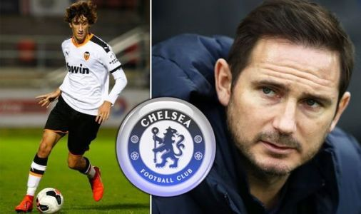 Chelsea target signs new deal with Valencia after Premier League interest